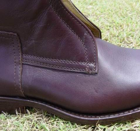 DARK BROWN color oiled leather
